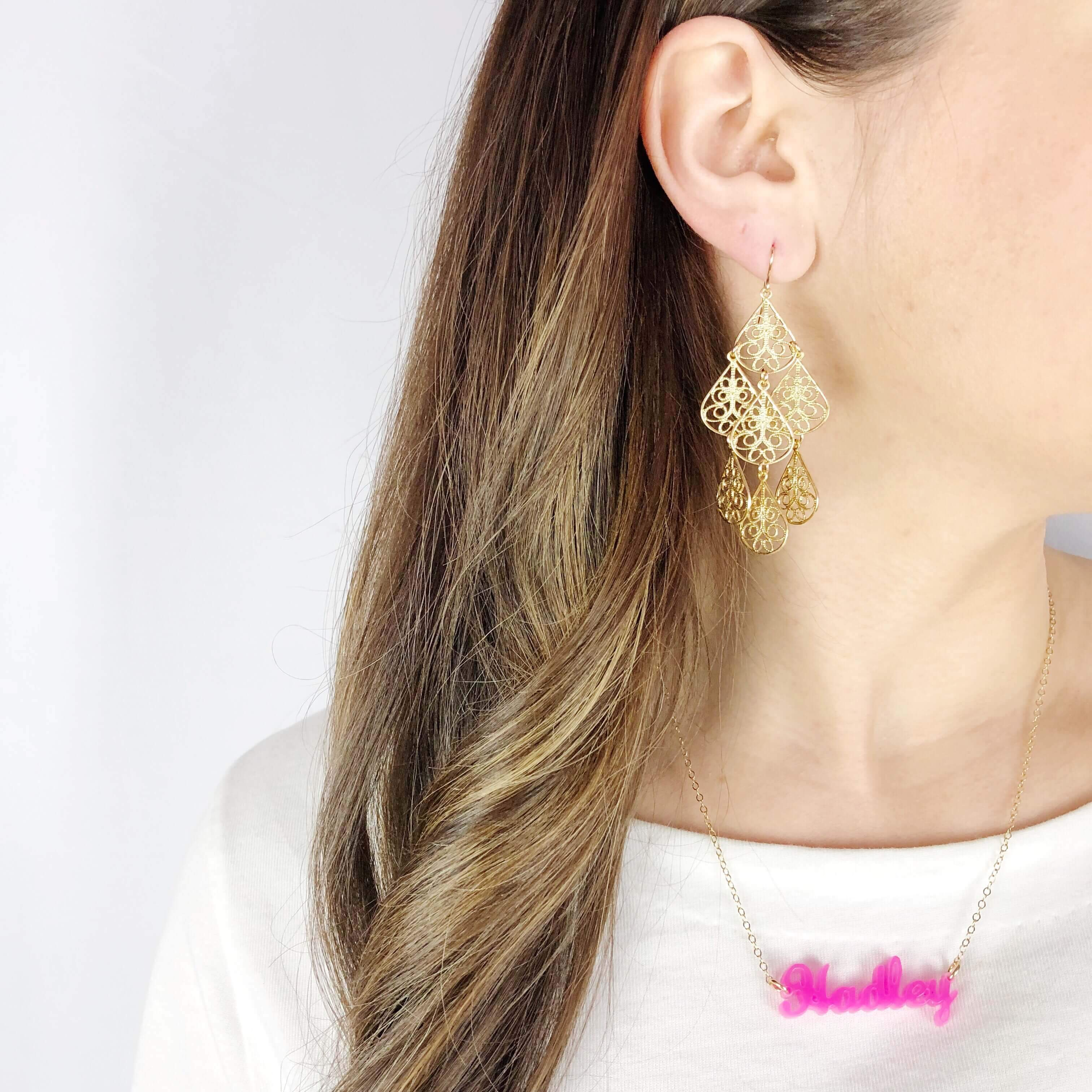Moon and Lola - Lauren Nameplate Necklace