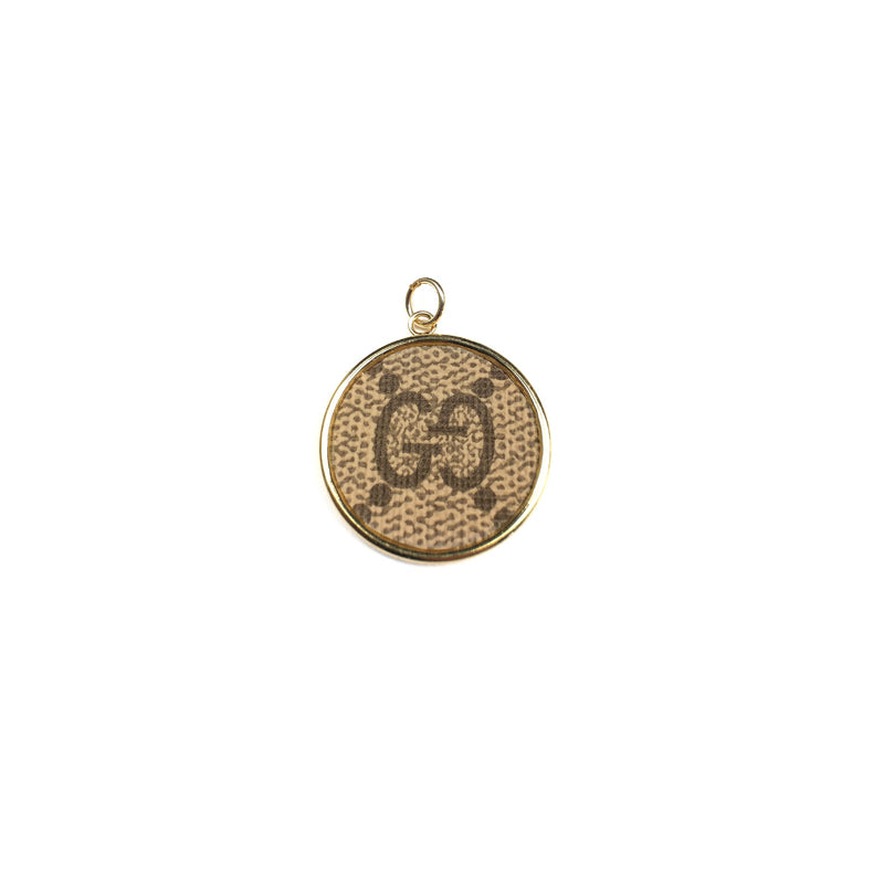 Moon and Lola - Goji Round Charm Pendant
