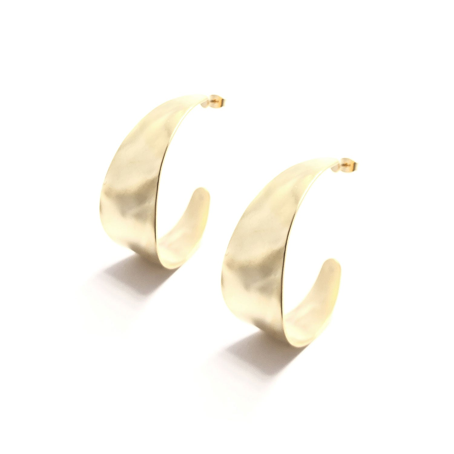 Moon and Lola - Sabu Post Drop Earrings gold c-shaped