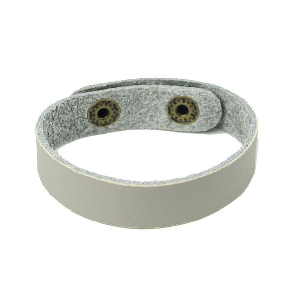 I found this at #moonandlola! - Sayre Bracelet Grey