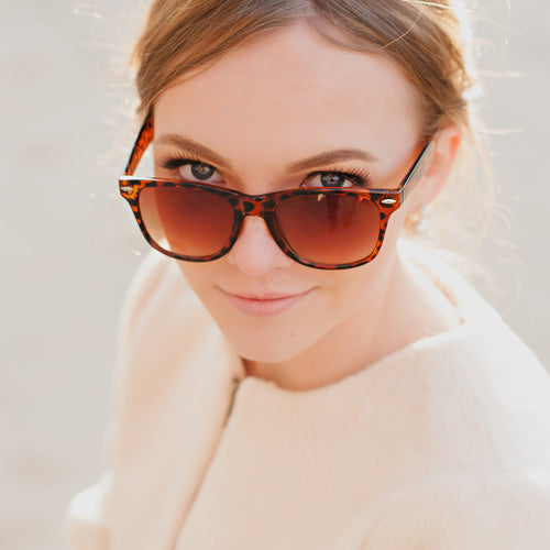 Moon and Lola - Plain Matte Tortoise Sunglasses