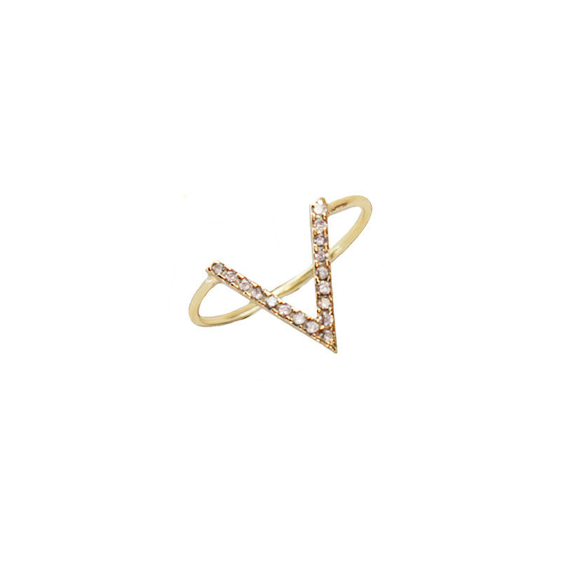 I found this at #moonandlola! - Vizela Ring