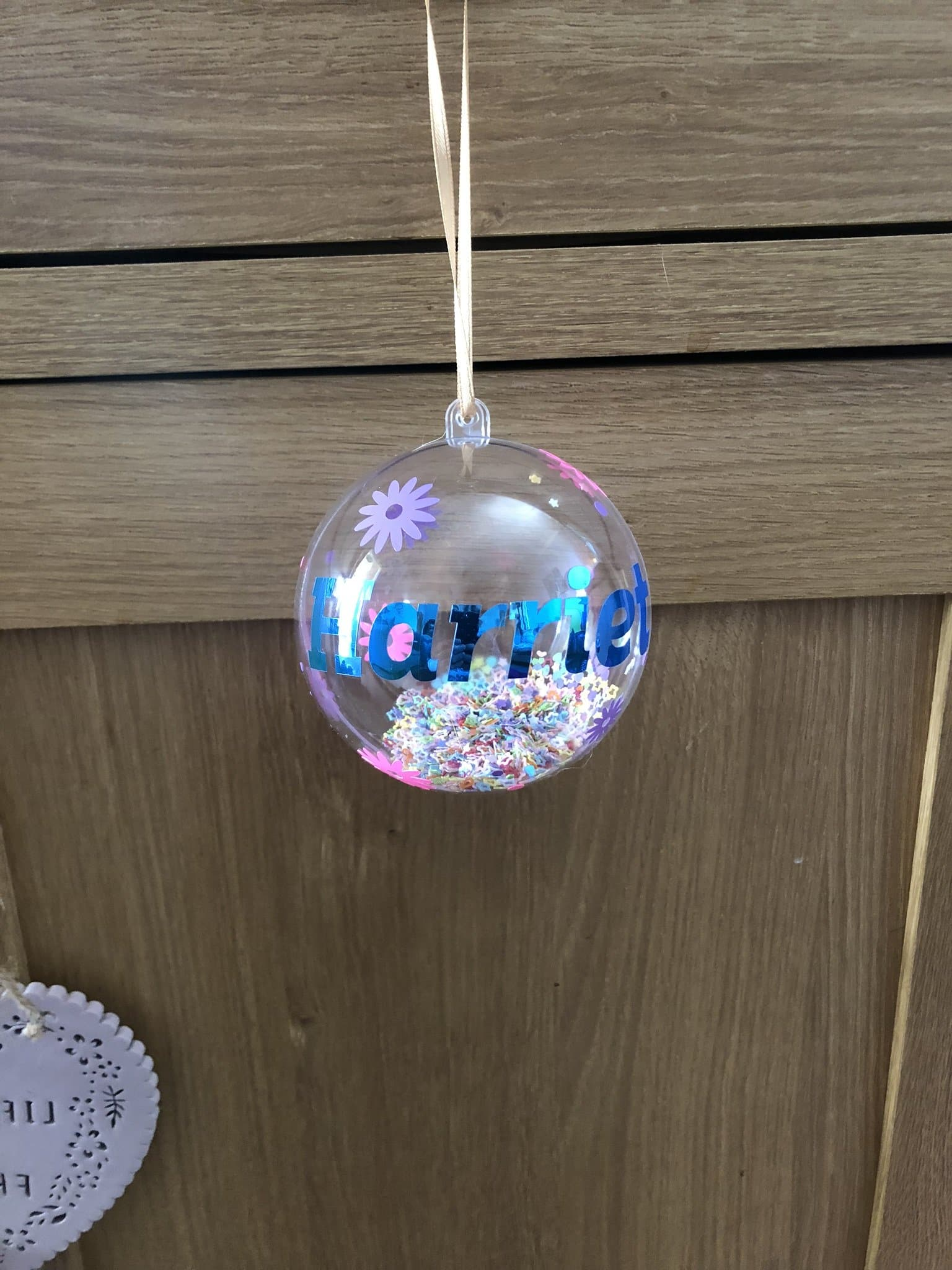 Personalised bauble - Pugglewick Candles