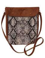 Load image into Gallery viewer, Crossover bag Snake Skin print