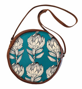 Circle bag Protea Sketch on Blue