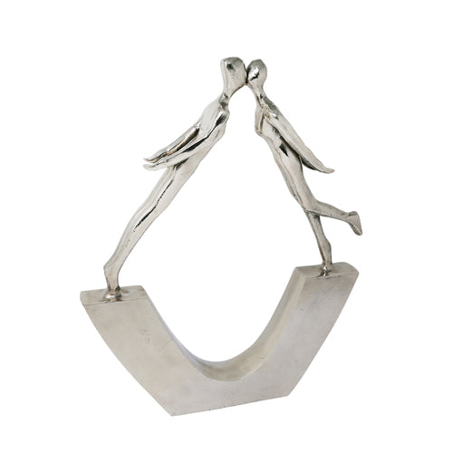 ALUMINUM KISSING COUPLE SILVER