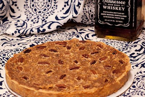 Whiskey Pecan Pie | Traditional Thanksgiving Recipe | Thanksgiving Desserts