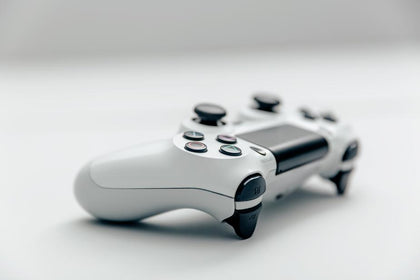 Video Games, Consoles & Accessories
