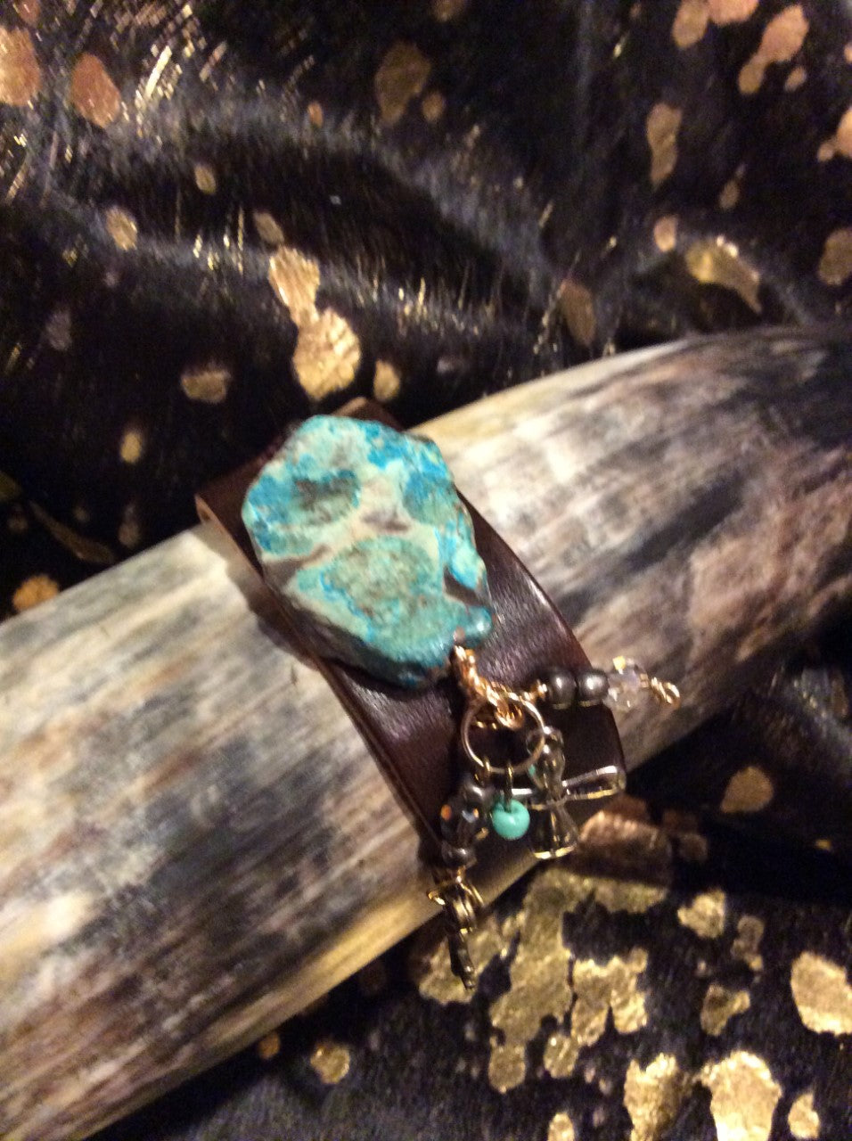 Vegetable tanned leather, Turquoise stone, charm bracelet, leather jewelry