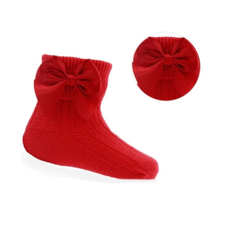 Red bow ankle sock