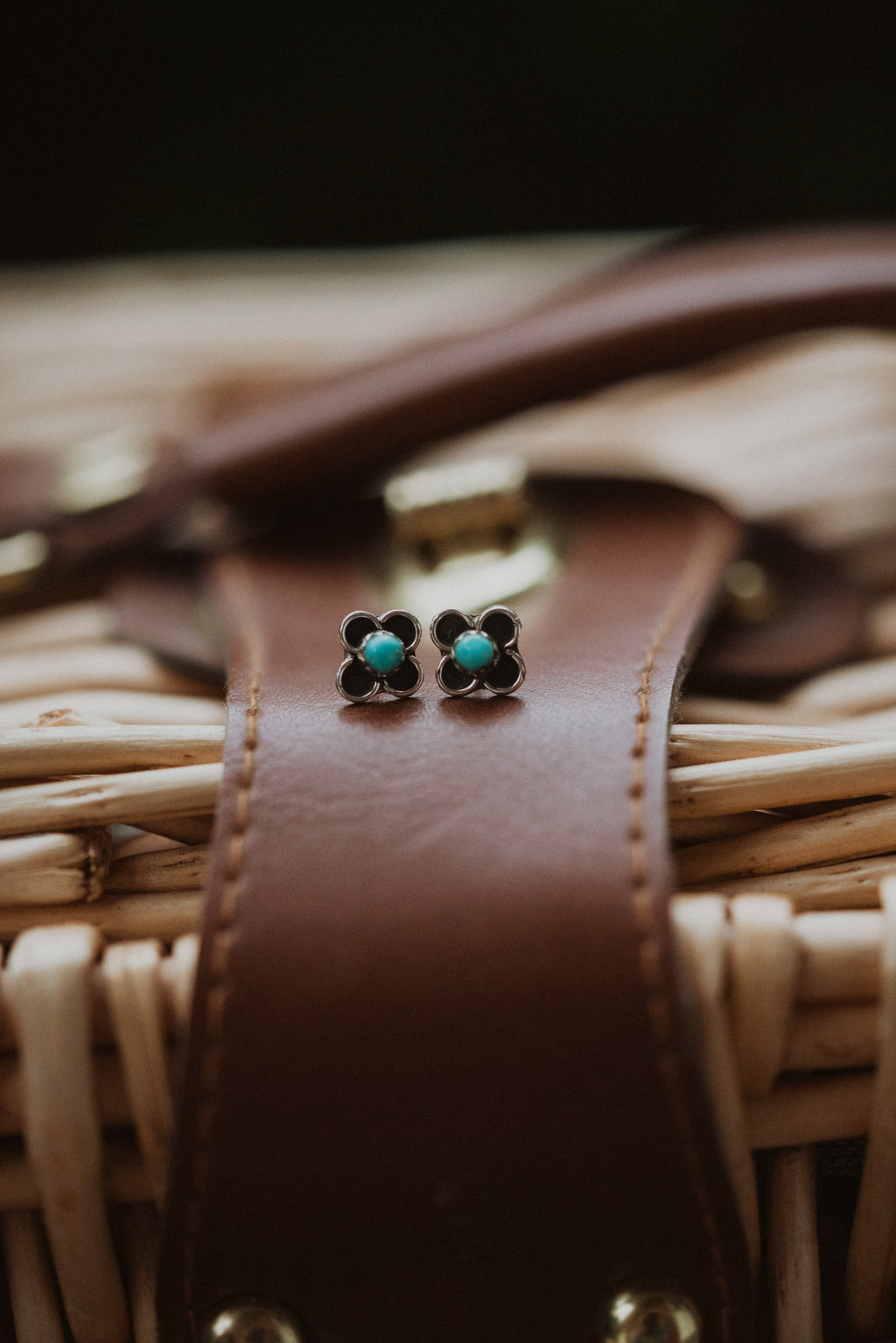 Flower Power | Turquoise Dot Stud