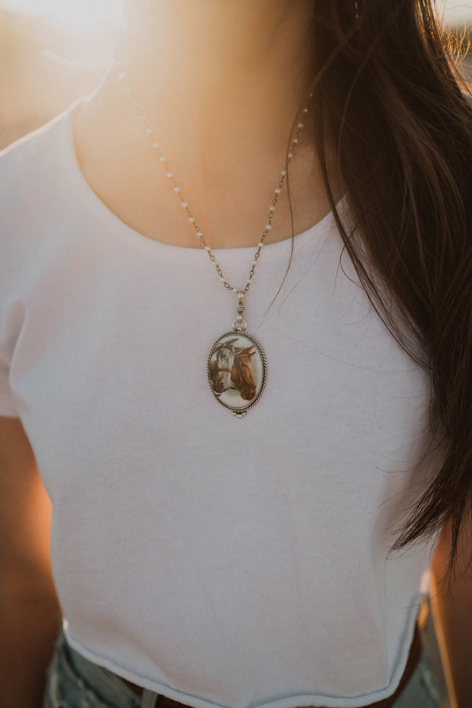 The Chester | Double Horse Pendant