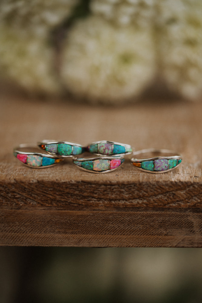 Mini Shield Ring | Opal