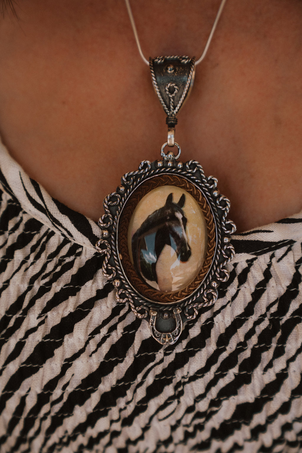 Black Beauty | Vintage Dish Necklace