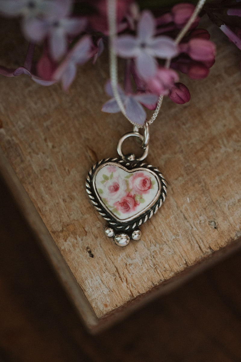 Heart Vintage Dish | Sterling Chain