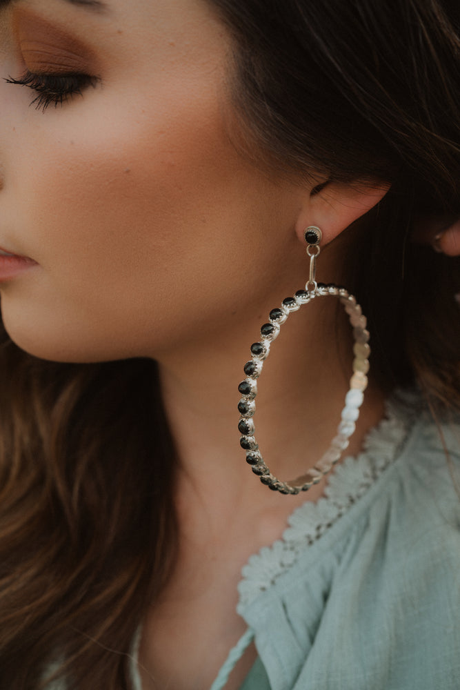Dottie Hoops | Black Onyx
