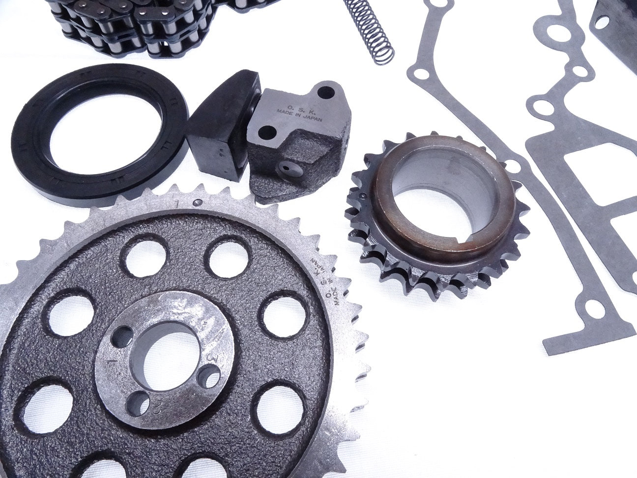 Datsun 1975-83 280Z 280ZX L28  Timing Chain Set kit Guides Tensioner NEW 213