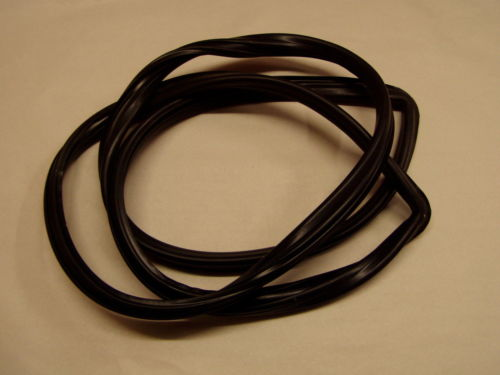 Windshield Glass Seal Rubber Weatherstrip 2+2 280Z