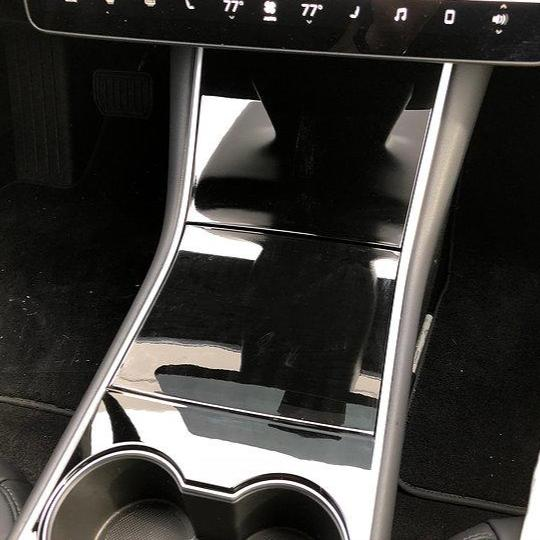 Model 3 Center Console Glossy 3M Clear Wrap PPF