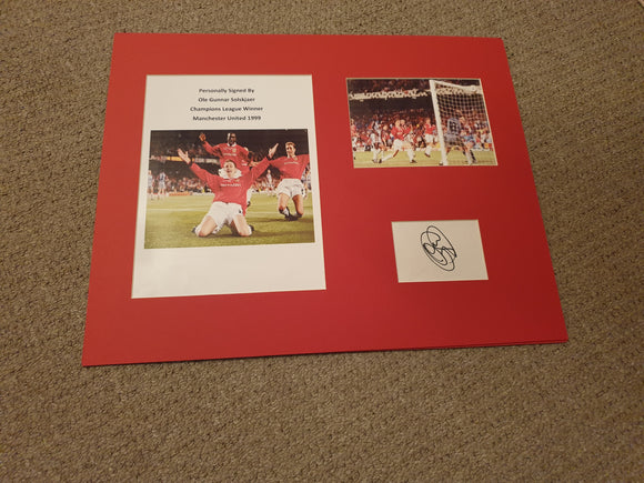 Signed and Mounted Display Ole Gunnar Solskjaer Manchester United CL 1999