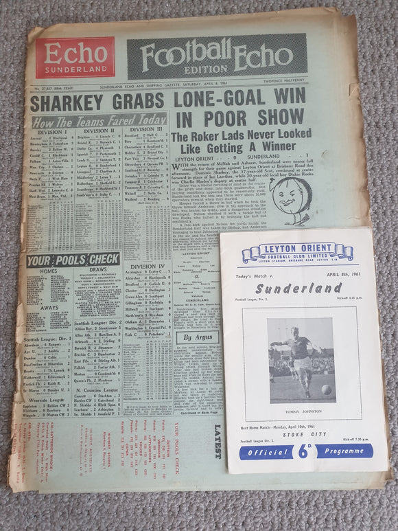 Newspaper Football Echo Leyton Orient v Sunderland April 8th 1961 with match programme