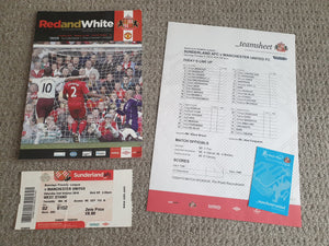 Match Programme Sunderland v Manchester Utd 02/10/2010 with team sheet and match ticket