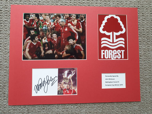 Signed Mounted Display John McGovern Nottingham Forest 1980 European Cup winner