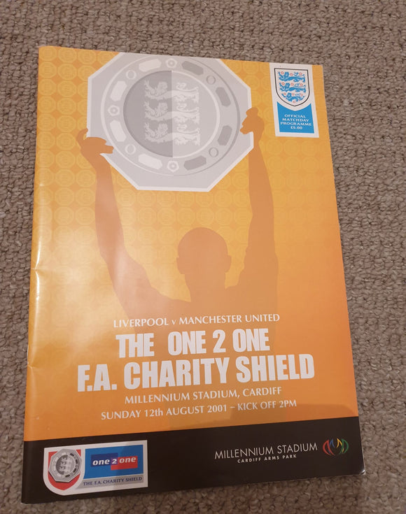 Match Programme -  Liverpool vs Man Utd Charity Shield 2001