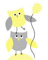 owls holding balloon print for yellow nursery