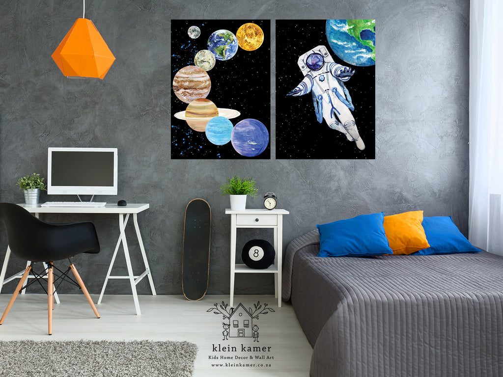 2 Set | Astronaut | Planets | Space