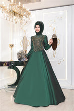 Load image into Gallery viewer, Emerald Green Evening Dress