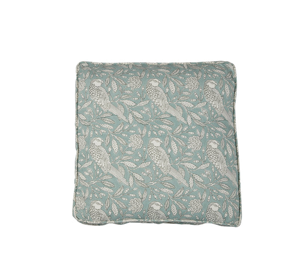 Traveled Organic Boxed Pillow T050