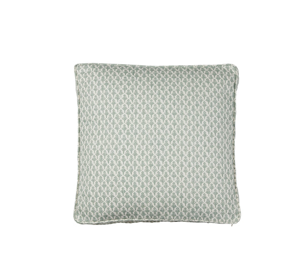 Traveled Organic Boxed Pillow T060