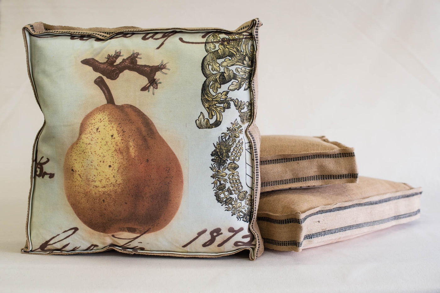 Single Layered Pillow Crest Pear 1