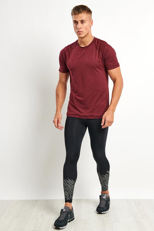 2XU Reflect Run Tights - Black/Silver Reflective image 2 - The Sports Edit