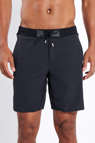 ON Running Hybrid Shorts - Black image 1 - The Sports Edit