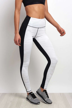 Under Armour Mirror High Waisted Printed Legging Black/White image 1 - The Sports Edit