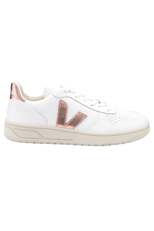 Veja V-10 Extra White Nacre | Women's image 1 - The Sports Edit