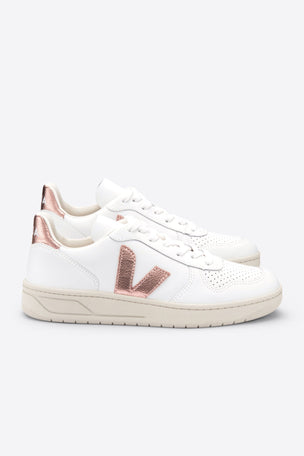 Veja V-10 Extra White Nacre | Women's image 4 - The Sports Edit