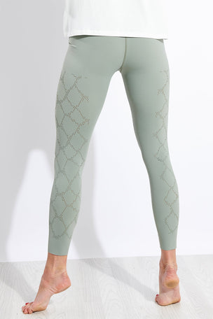 Varley Hughes Legging - Shadow image 3 - The Sports Edit
