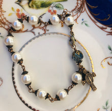 Load image into Gallery viewer, Swarovski Pearl Rosary Bracelet