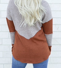 Load image into Gallery viewer, rust color block sweater