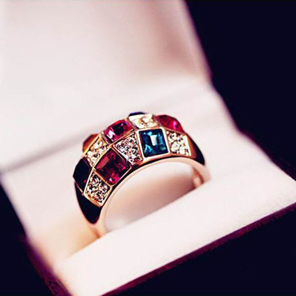 Luxury Crystal Symphony Ring