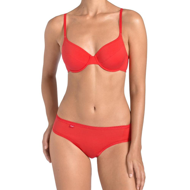 EverNew W Bra Red and Hipster