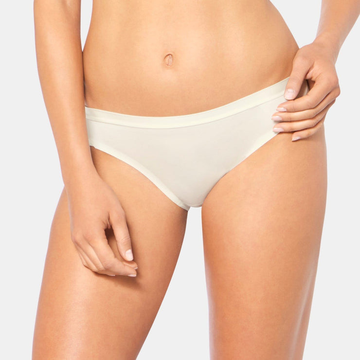 Triumph Body Make-up Soft Touch Tai White Brief