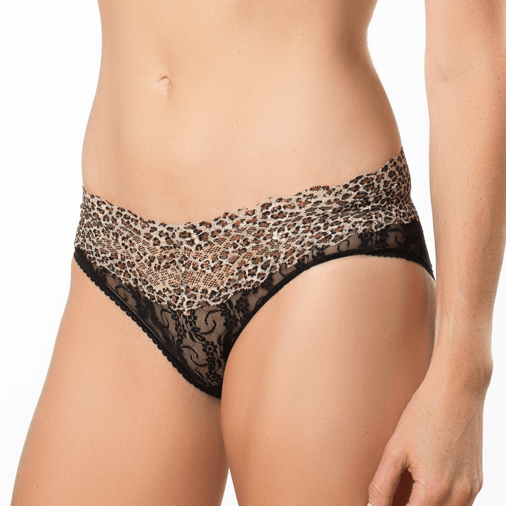 B.Tempt'd Lace Kiss Bikini Brief
