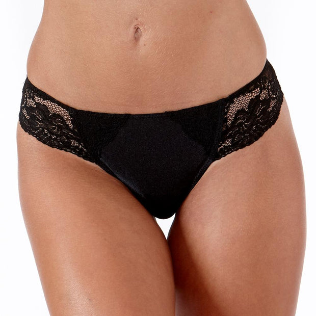 The LittleWomen Brief Black - A Match For Small Bras