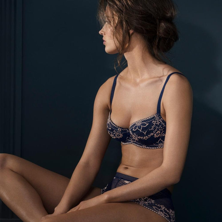 Wacoal Frivole padded balcony bra model