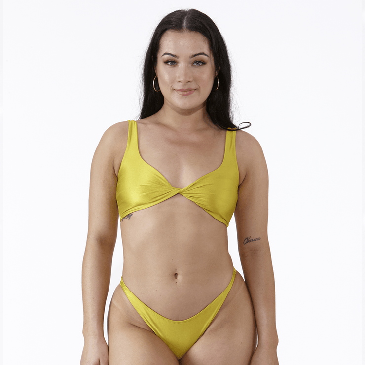 Emrld - St tropez - twist front bikini top in Chartreuse
