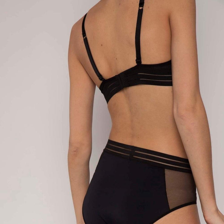 Nufit Triangle Bra Black Back
